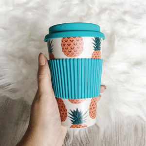 Travel cups with print designimage